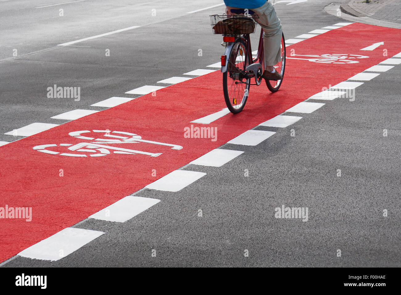 cyclist on bike lane - Stock Image