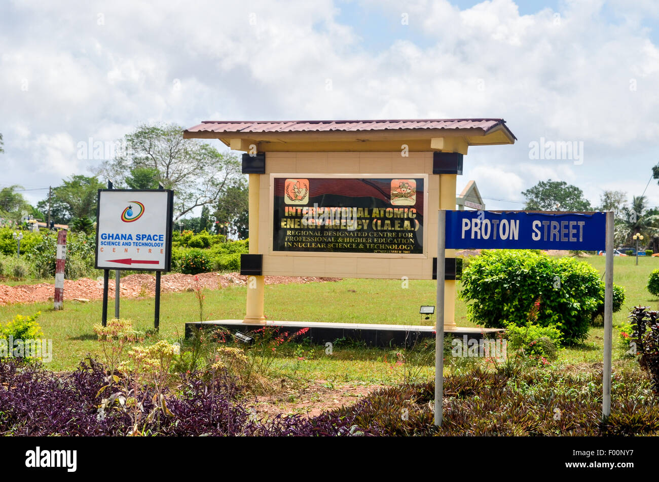 Ghana Space Science and Technology Centre and the International Atomic Energy Agency (IALA) on Proton street in - Stock Image