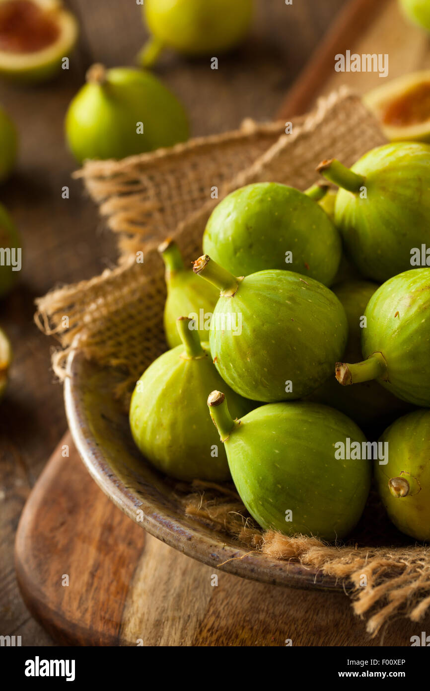 Healthy Organic Green Figs in a Bowl - Stock Image