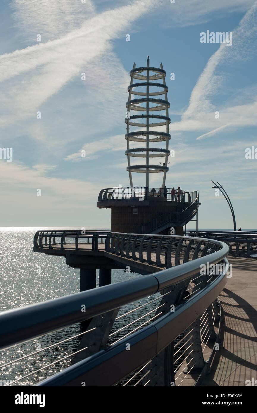 Brant Street Pier, Burlington, Ontario, Canada. - Stock Image