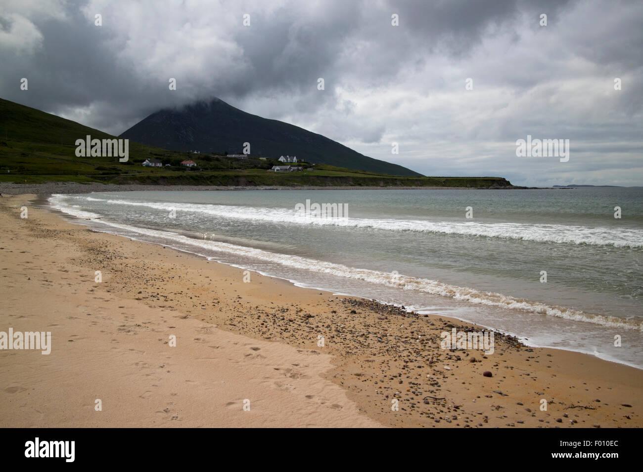 Barnynagappul Strand on the wild atlantic way coastal route doogort Achill Island, County Mayo, Ireland - Stock Image