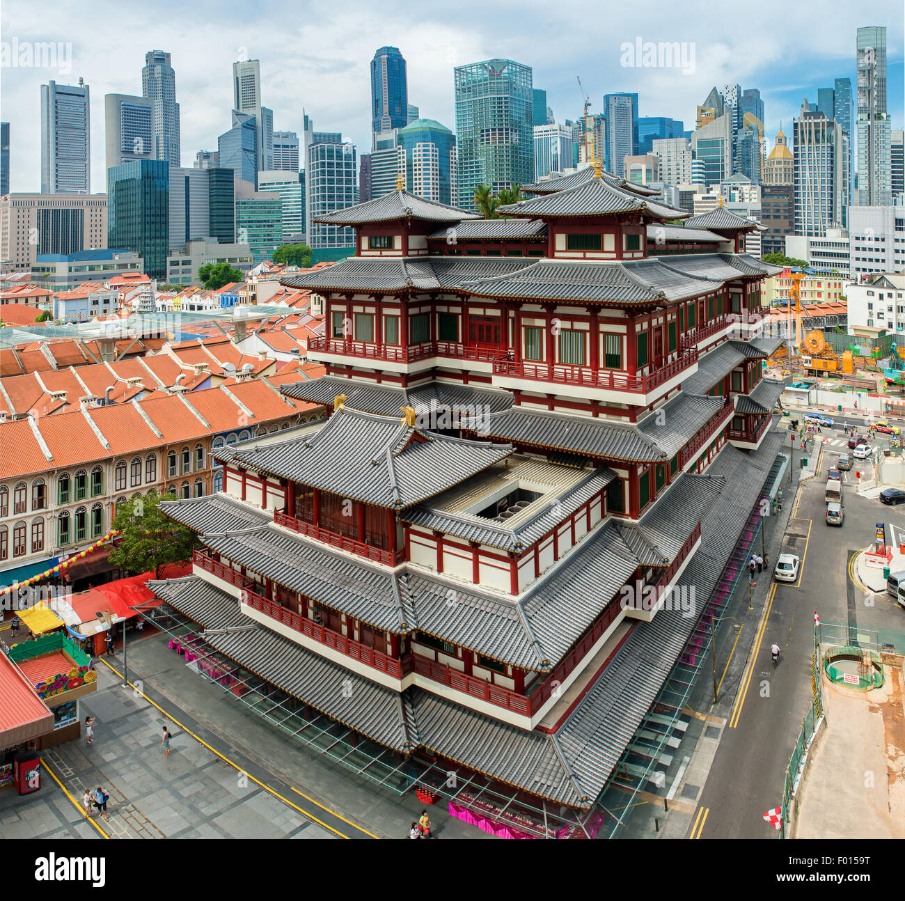 The Buddha Tooth Relic Temple in Singapore - Stock Image