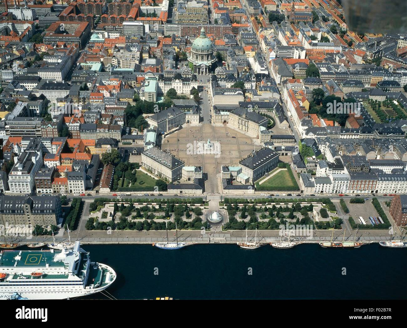 Aerial view of Amalienborg Palace, residence of the Danish Royal family, with Frederik's church (Frederikskirken), - Stock Image