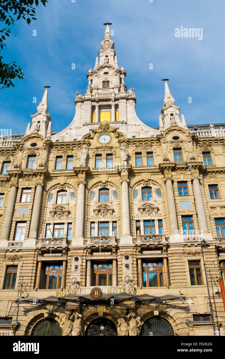 Boscolo Budapest Hotel, New York Palace (1894), housing hotel and cafe, Grand Boulevard, central Budapest, Hungary - Stock Image