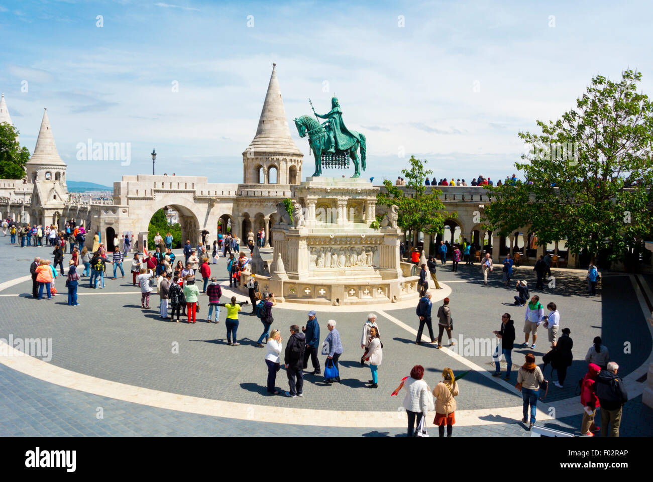 Szentharomsag ter, in front of Fisherman's bastion, Castle district, Buda, Budapest, Hungary, Europe - Stock Image