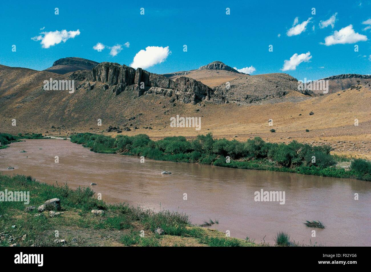 The Murat River, the major source of the Euphrates, Van Province, Eastern Turkey. - Stock Image