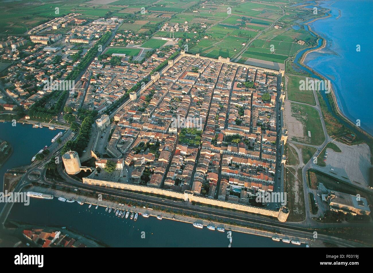 Aerial view of Aigues-Mortes - Languedoc-Roussillon, France - Stock Image