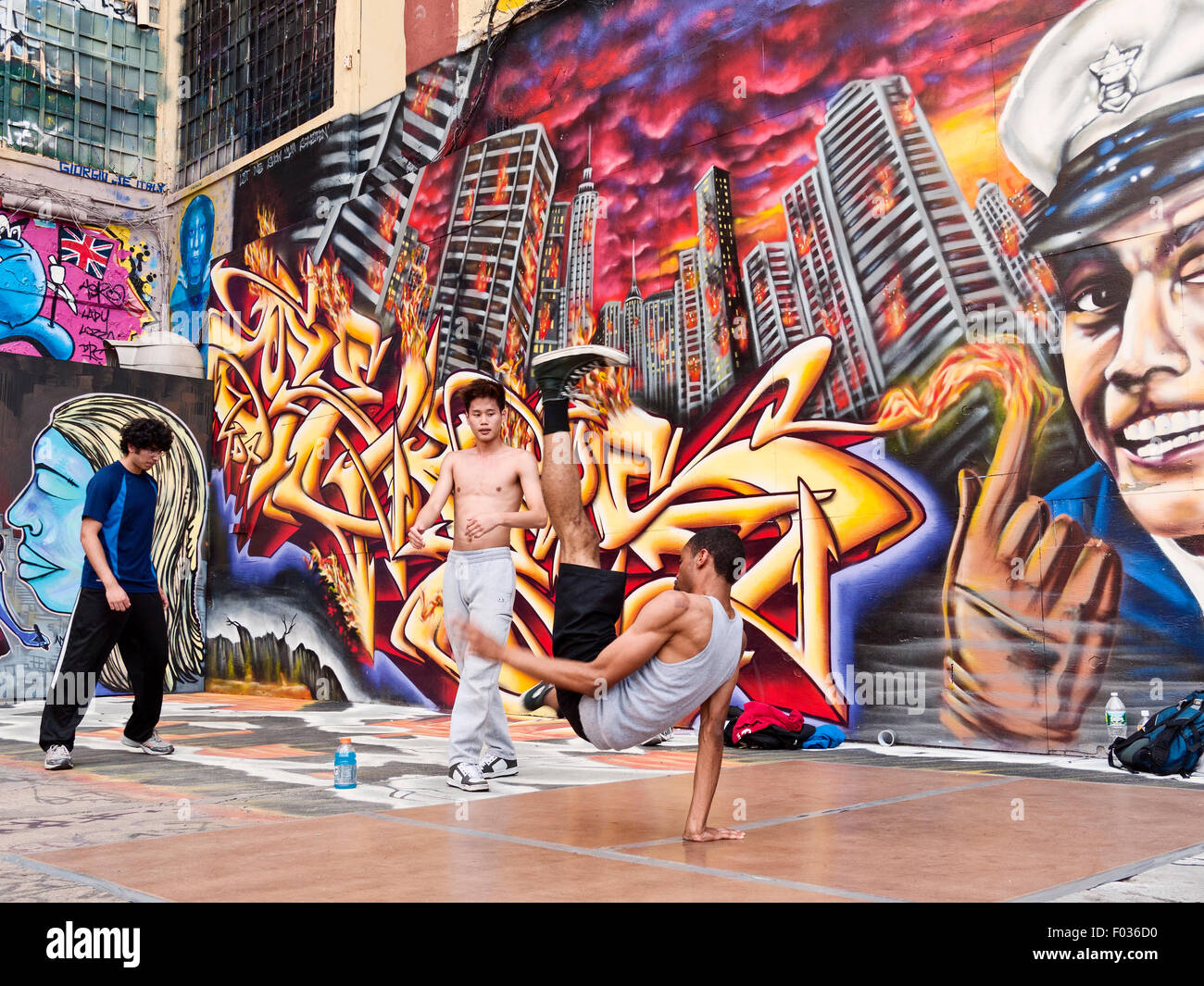 5 pointz long island city queens new york famous as the graffiti museum