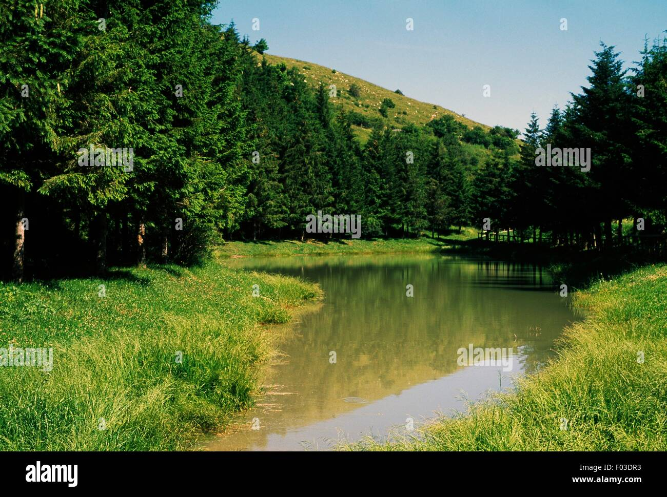 A body of water in the Natural Park of Sasso Simone and Simoncello, Montefeltro, Marche, Italy. - Stock Image