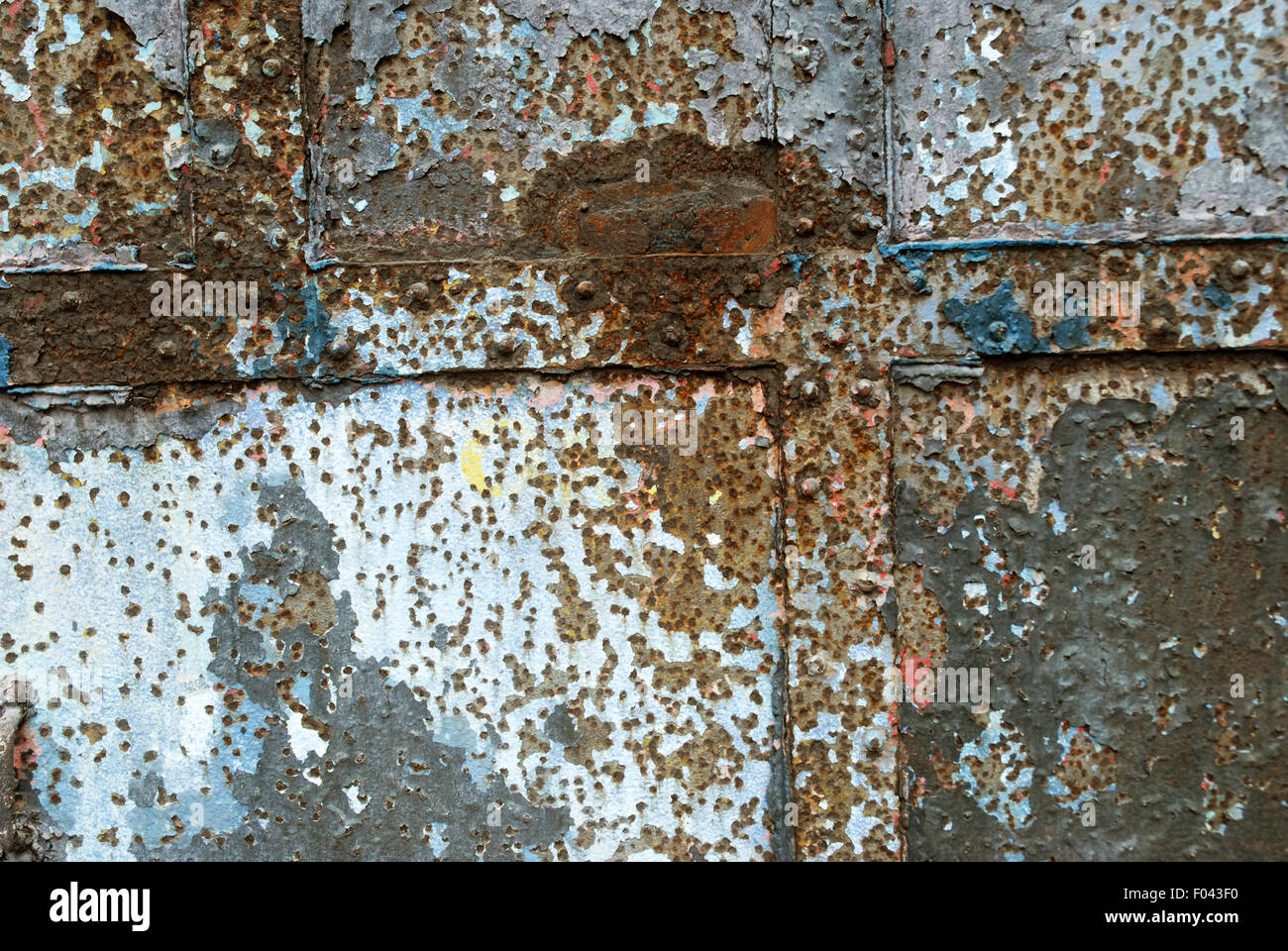 Rusty Door, Mukesh Mill, Mumbai, Maharashtra, India. Stock Photo