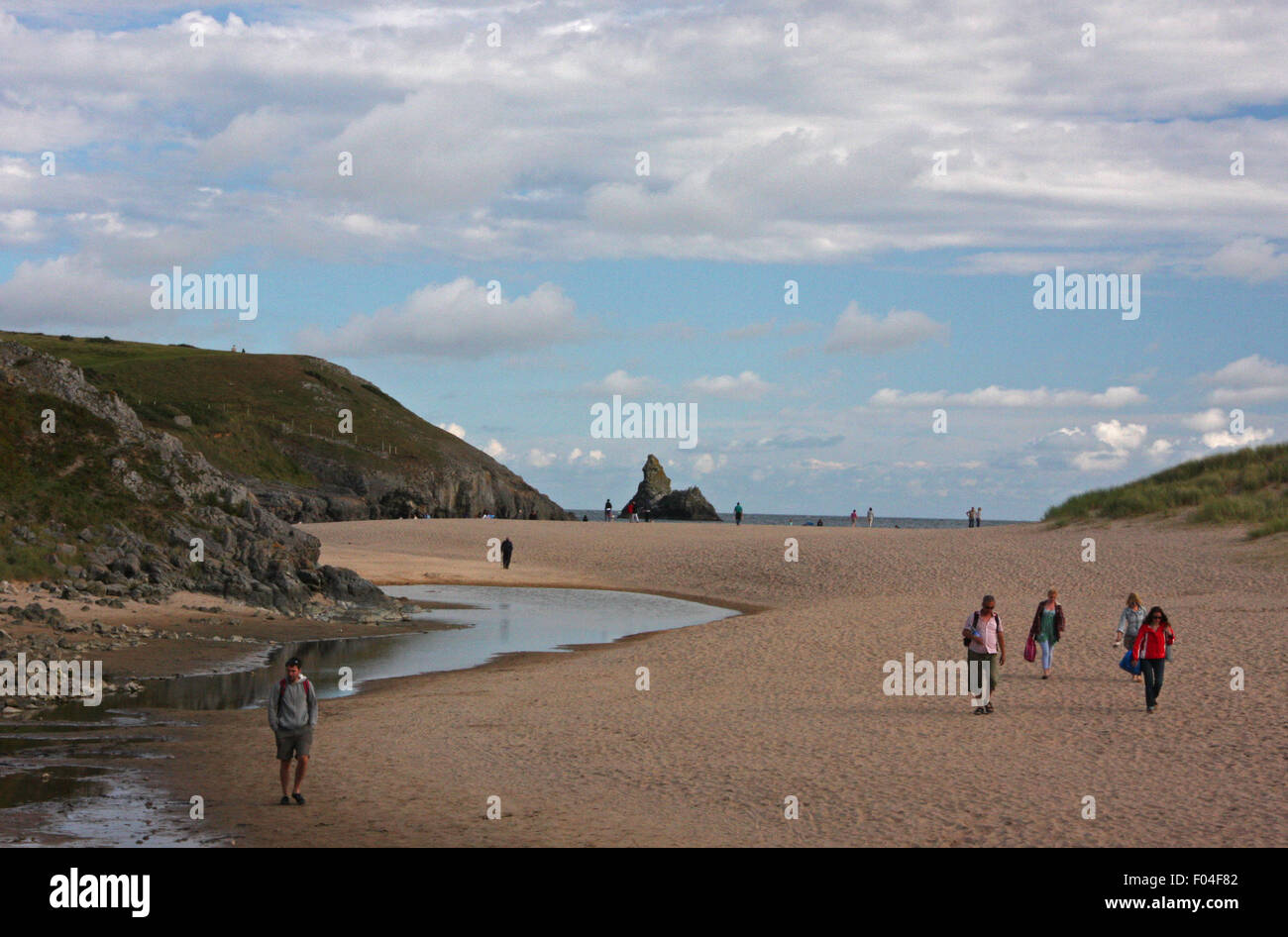 Broad Haven South on the south Pembrokeshire coast to the west of St Govan's Head. Looking towards Church Rock - Stock Image
