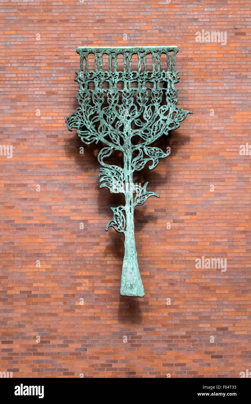A large sculpture of a mezuzah outside Hebrew Union College in New York City - Stock Image