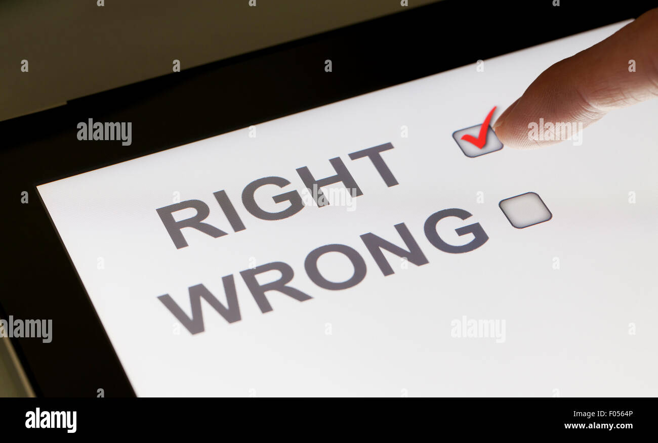 Right and wrong checkboxes on a tablet - Stock Image