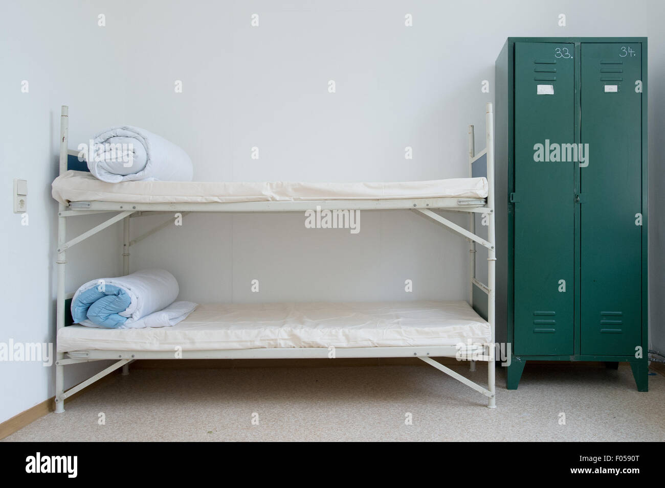 Picture of: Leipzig Germany 7th Aug 2015 A Room With Double Bunk Beds In Stock Photo Alamy