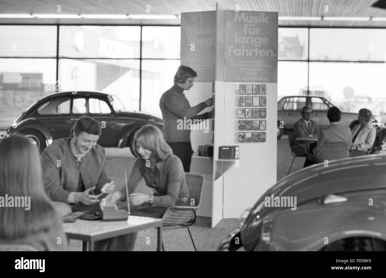 Volkswagen dealer, early 1970s Stock Photo: 86170765 - Alamy