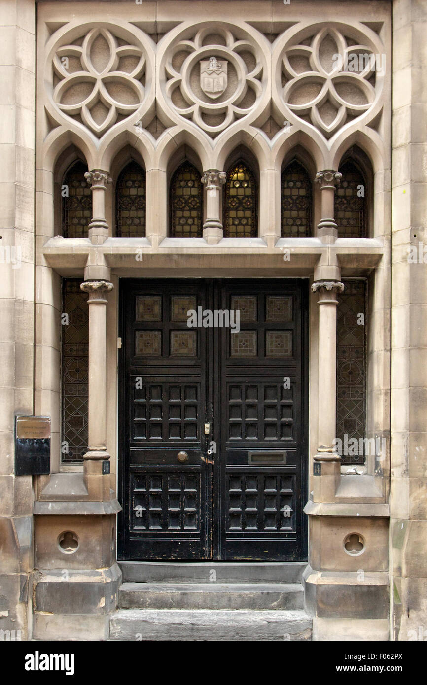 Ornate Victorian door Manchester England - Stock Image & Victorian Door Stock Photos \u0026 Victorian Door Stock Images - Alamy