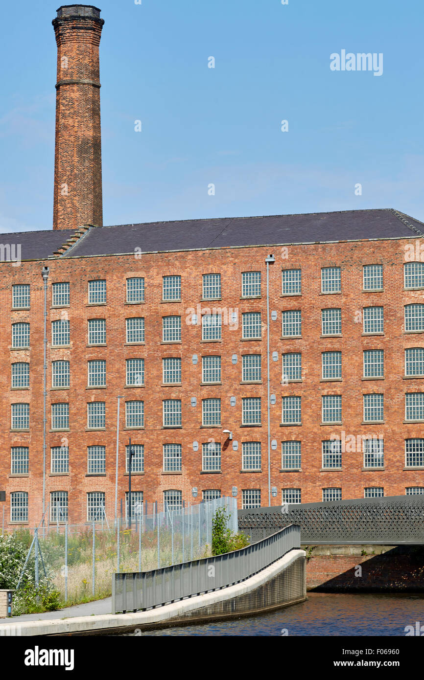 Grade two listed Old Mill, completed in 1798  is the oldest surviving cotton mill in Mancheste part of Murray Mills Stock Photo