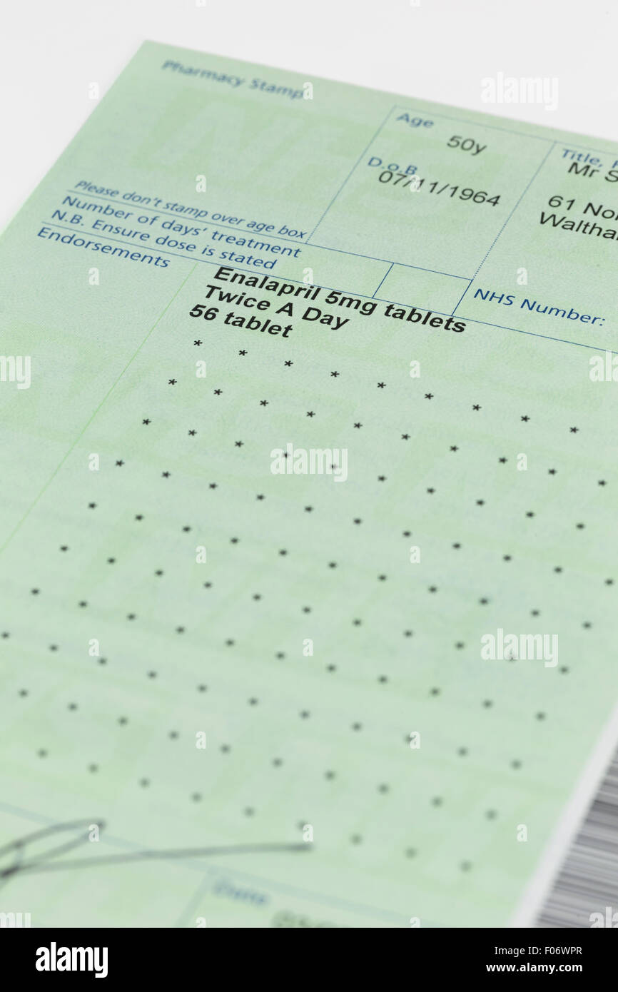 Close up of a doctor's nhs prescription note - Stock Image