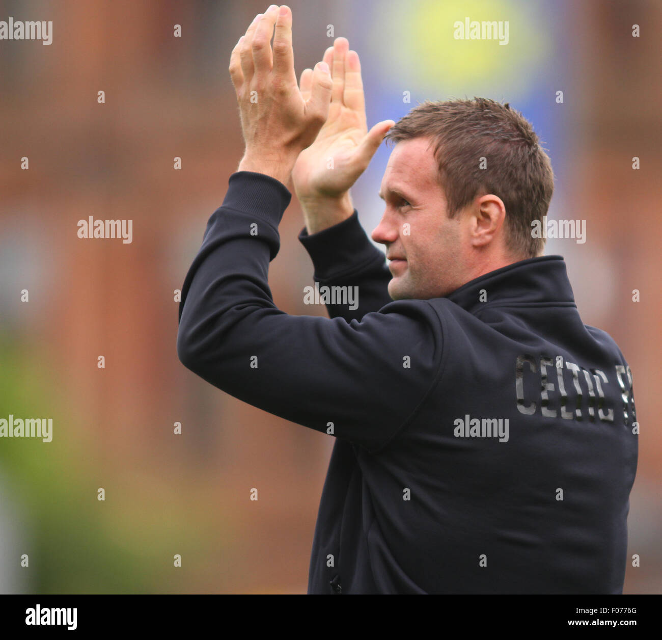 Glasgow, Scotland. 09th Aug, 2015. Ladbrokes Scottish Premiership. Partick Thistle versus Celtic. Ronnie Deila applauds - Stock Image