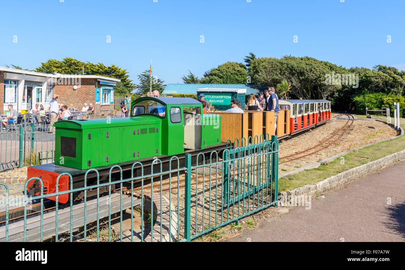 Littlehampton Miniature Railway train at Norfolk Gardens Station, Sea Road, Littlehampton, West Sussex, England. - Stock Image