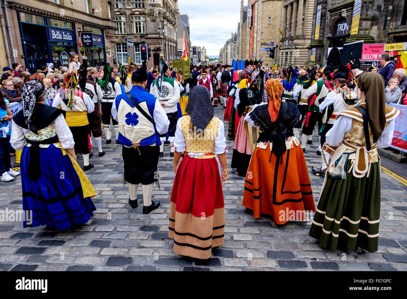 Banda De Gaitas Resping from Madrid, Spain at Pipefest 2015 Edinburgh - Stock Image