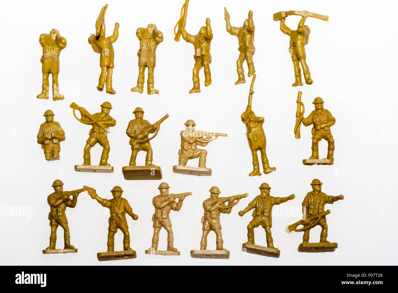 Airfix HO/OO plastic model soldier figures  World War Two, 8th army
