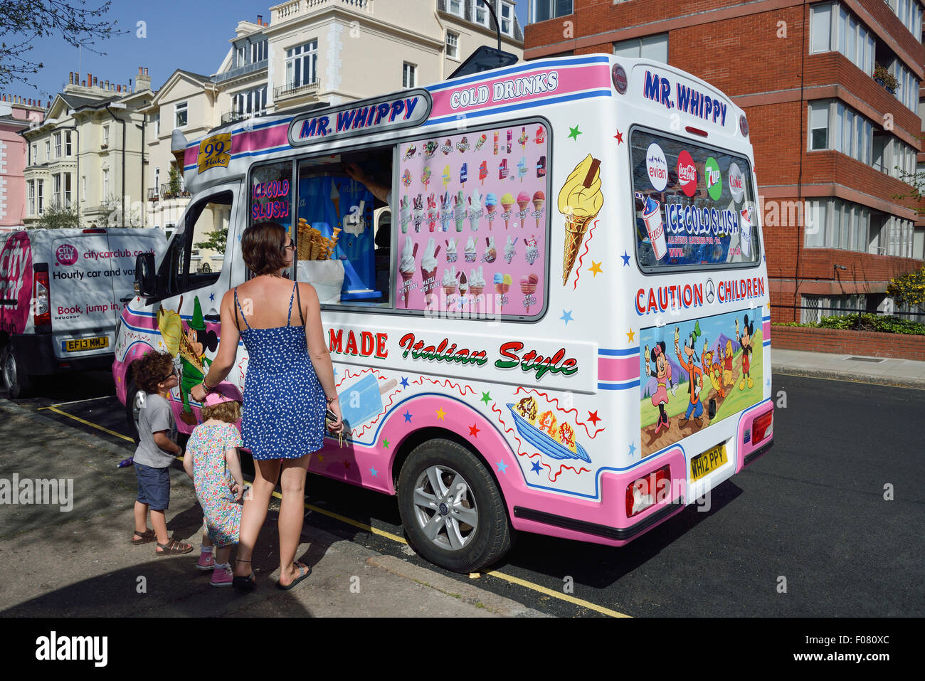 e19ea0dcfc74 Mr Whippy Ice Cream Van Stock Photos   Mr Whippy Ice Cream Van Stock ...