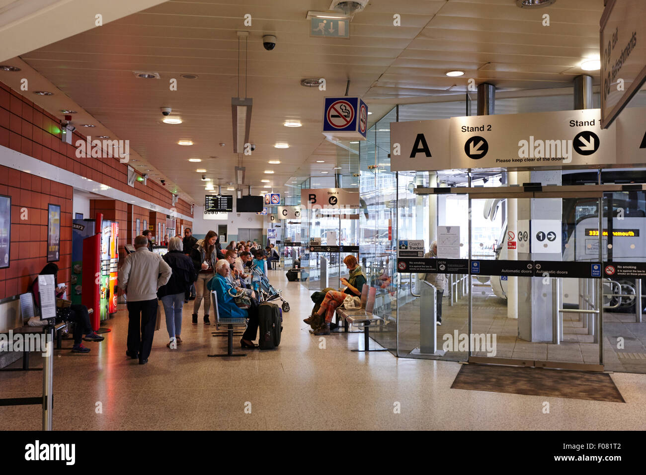 Manchester Coach Station Interior Uk Stock Photo 86228914 Alamy