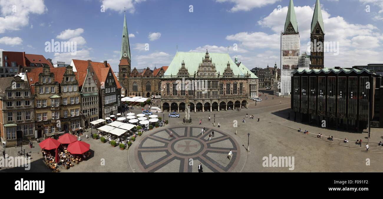 View of Bremen Town Hall and St Perti Dom in Bremen, Germany Stock Photo