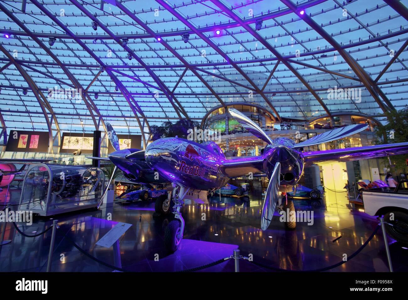 Hangar 7 Ikarus