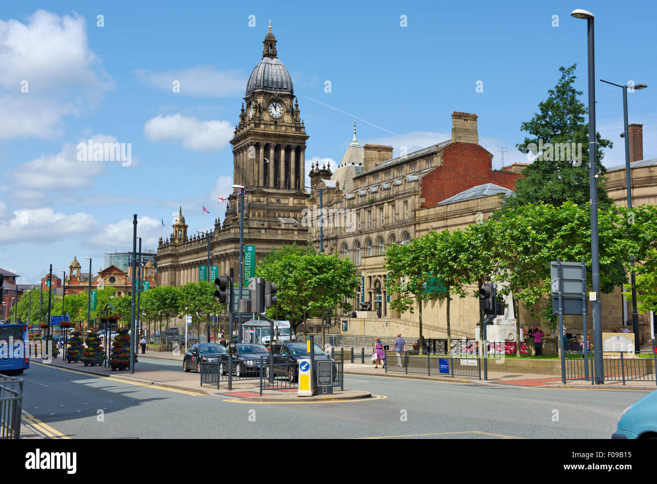 Leeds Town Hall, Central Library and Art Gallery, Victoria Square, The Headrow, UK - Stock Image