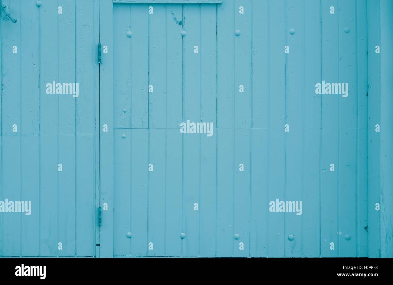 Bright blue barn wood - Stock Image