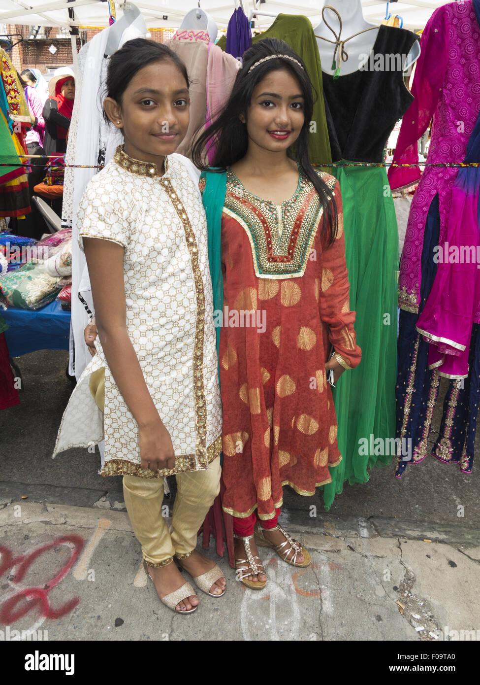 Bangladeshi teen nude babes fucking image-6759
