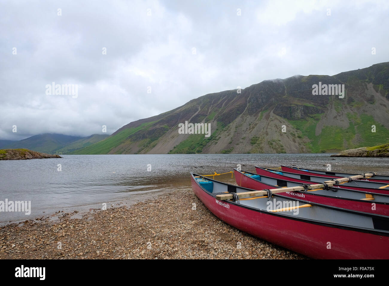 Canoe boats at Wastwater in the Lake District, Cumbria, UK Stock Photo