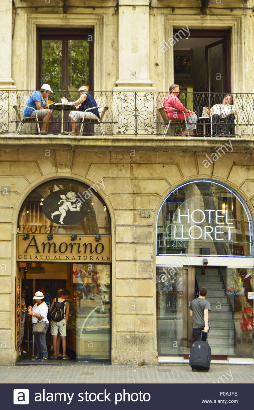 'Hotel Lloret' and Itaian-style ice cream restaurant 'Amorino ' at La Rambla Barcelona Catalonia - Stock Image
