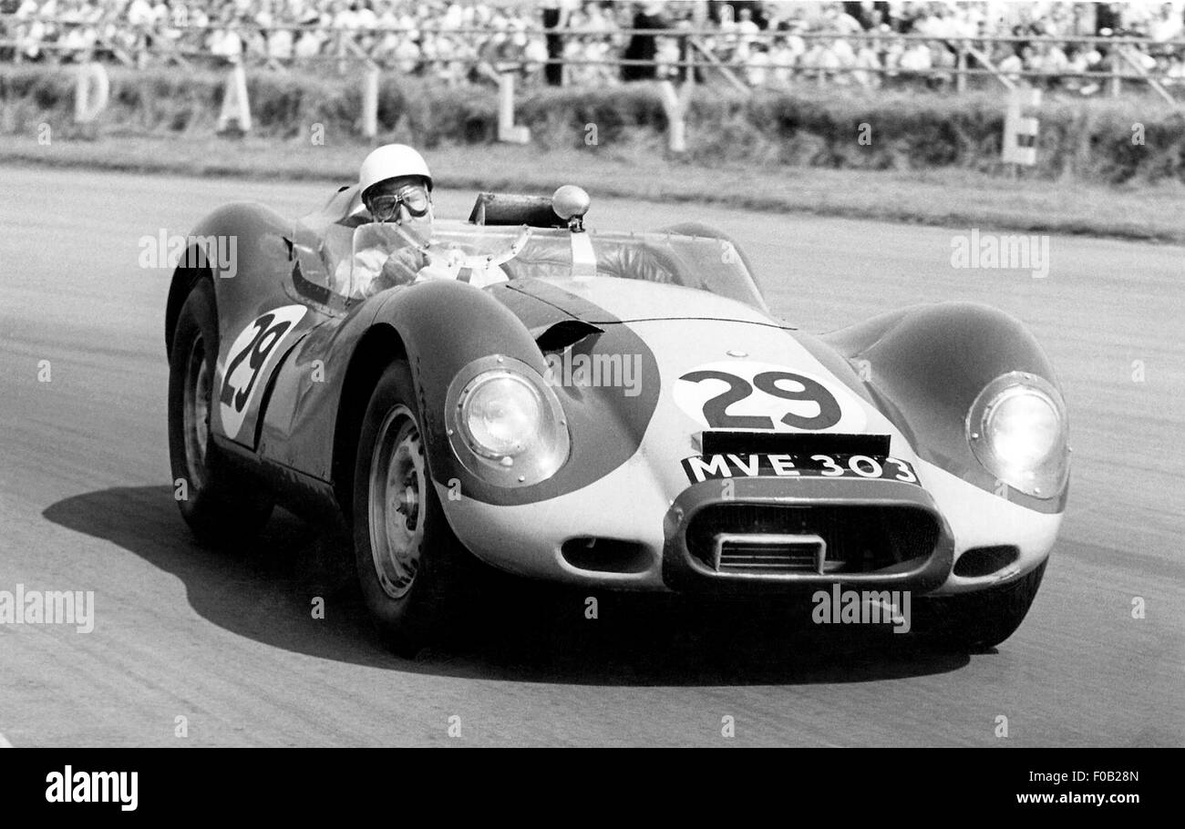 Stirling Moss in a Lister-Jaguar MV303 at Silverstone in 1958 - Stock Image