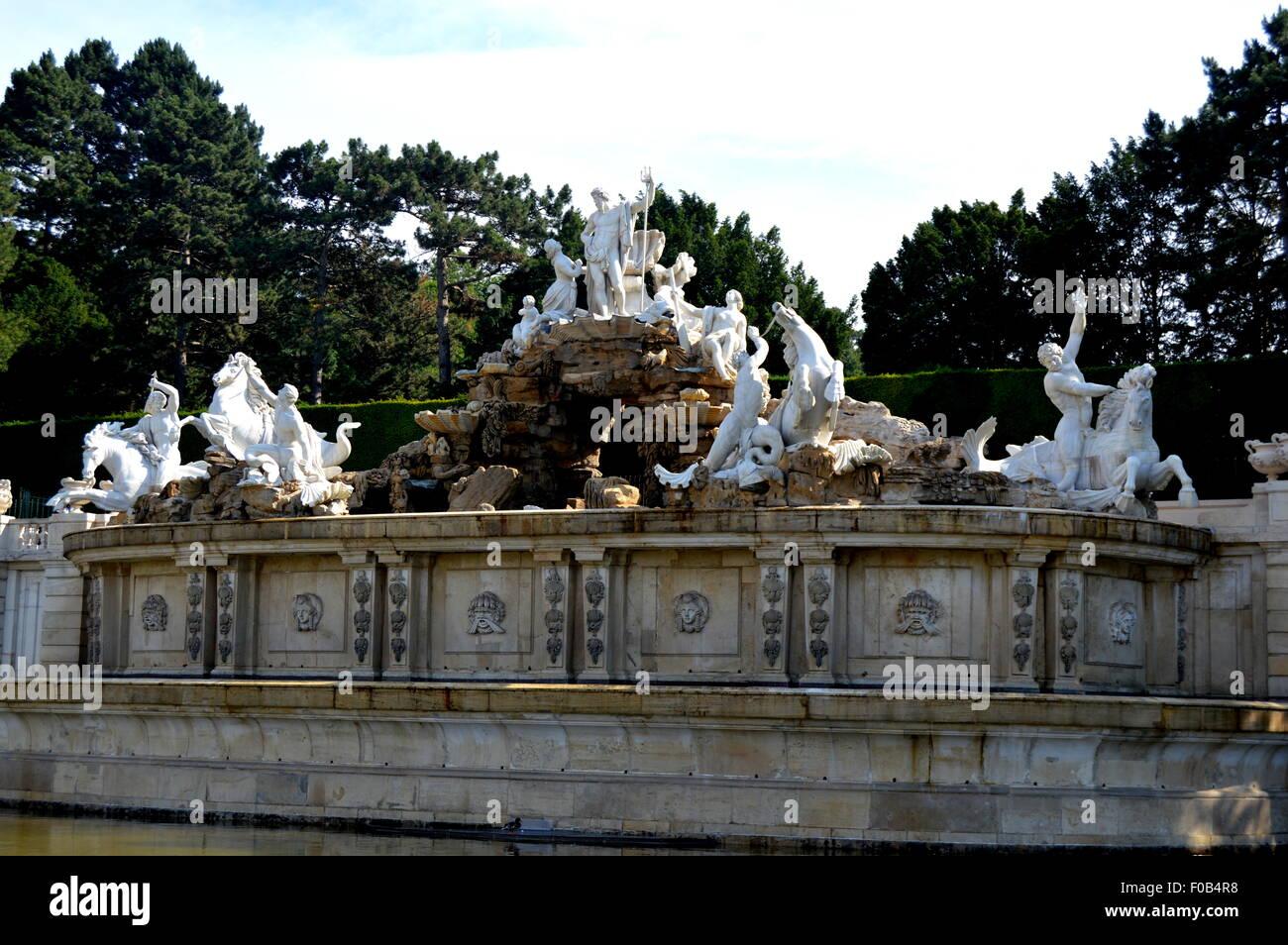 Neptune Statue, Schonbrunn Gardens, Vienna Stock Photo
