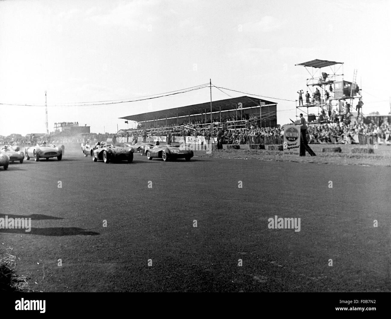 Connaught and Lotus MK IX racing cars - Stock Image
