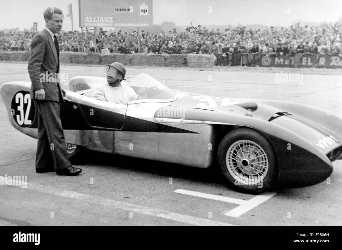 Noddy Cooms in his Lotus MK X - Stock Image