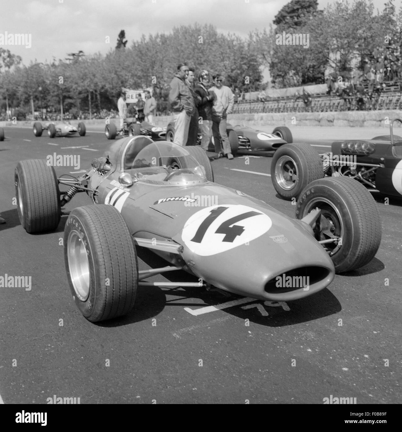II Gran Premio de Barcelona.  Eric Offenstadt - Protos 16 - retired Stock Photo