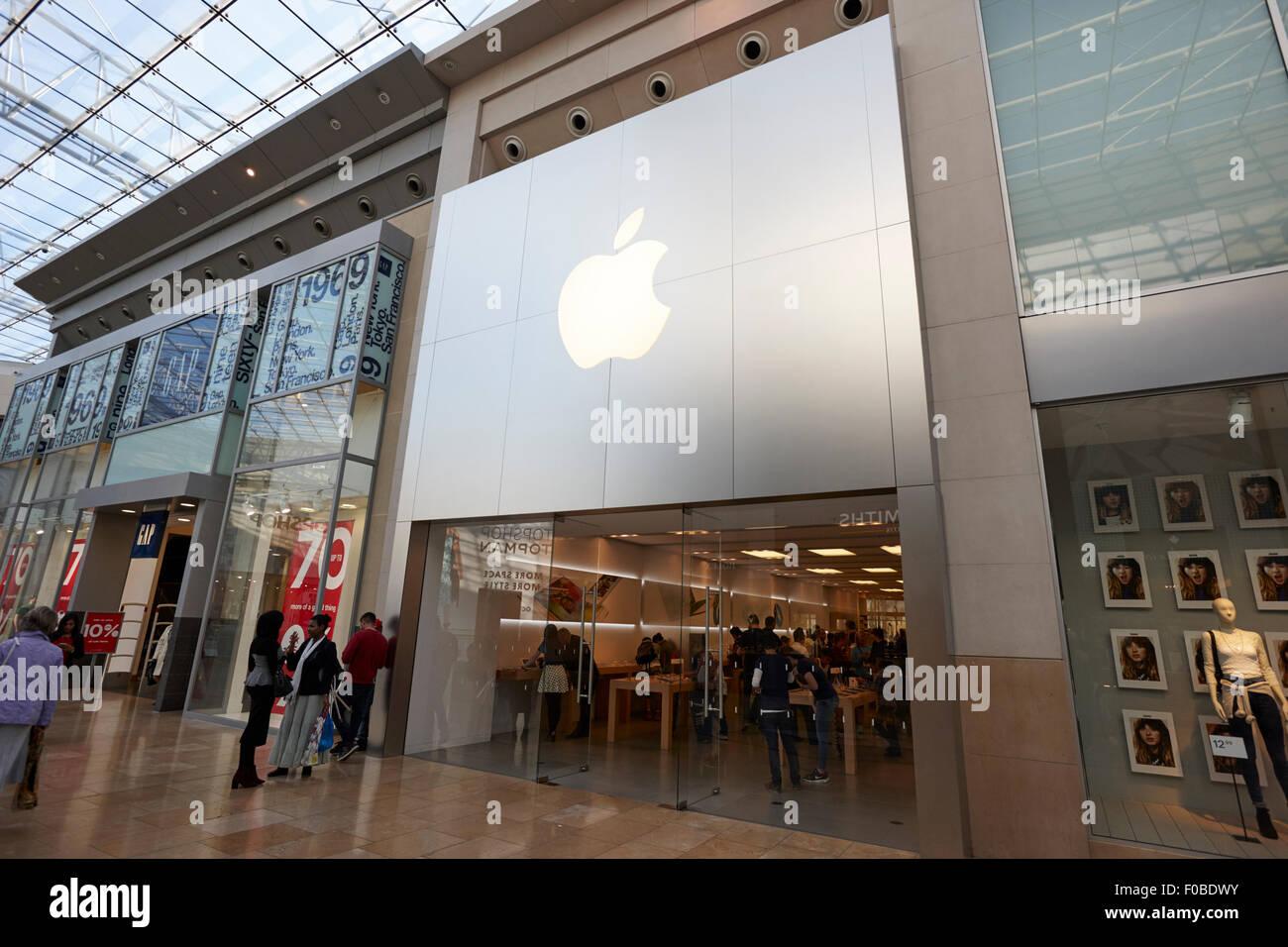 apple store in Birmingham bullring shopping centre UK Stock Photo