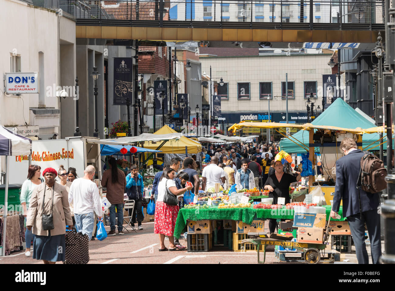 Surrey Street Market stalls, Surrey Street, Croydon, London Borough of Croydon, Greater London, England, United - Stock Image