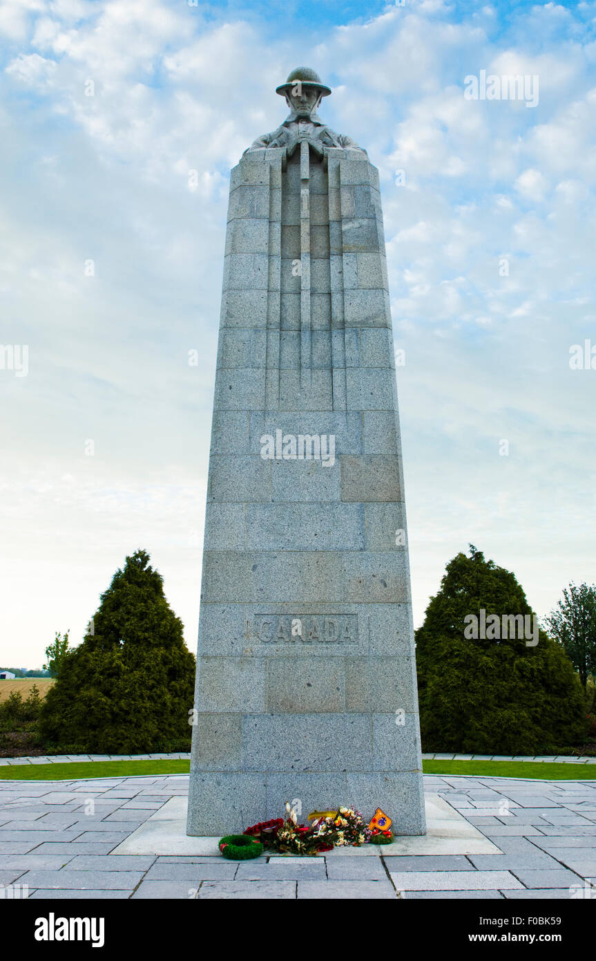"""St.Julien Canadian Memorial nicknamed """"The Brooding Soldier"""" near Ypres in Belgium - Stock Image"""