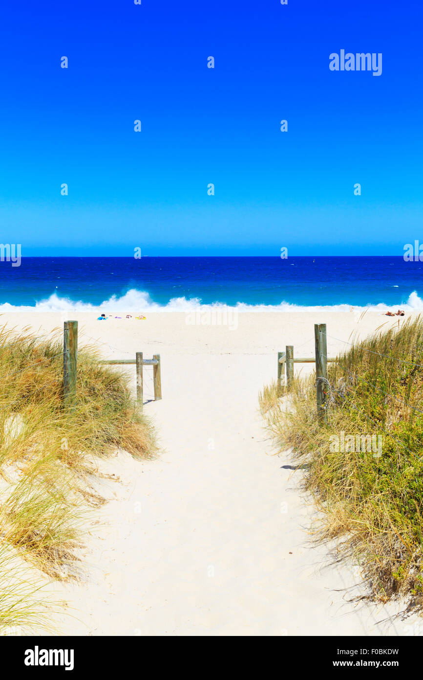 A sand track leading to Cottesloe Beach - Stock Image