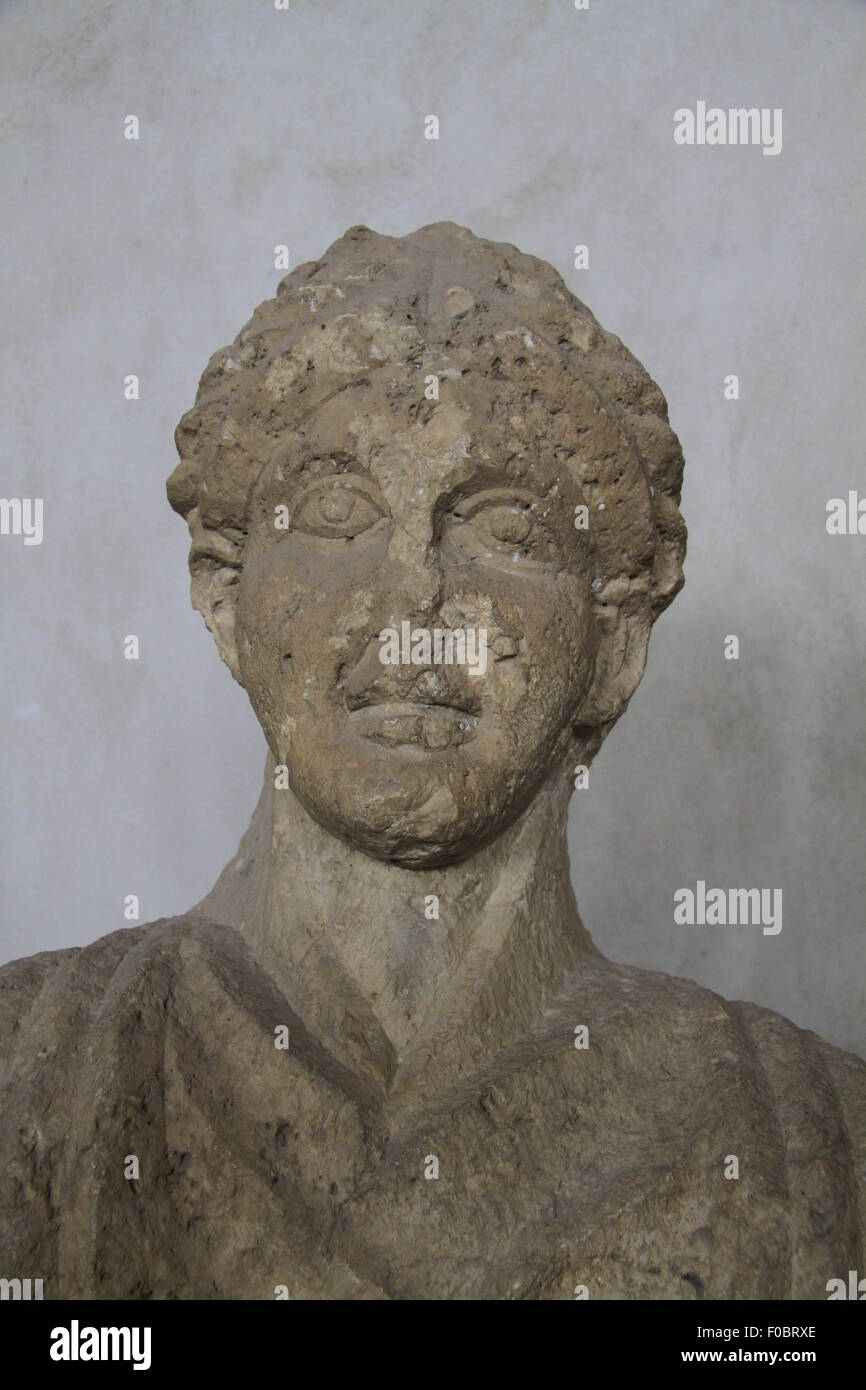 Funerary bust of a woman from Beth Shean, Roman period, limestone, on display at the Rockefeller Museum - Stock Image