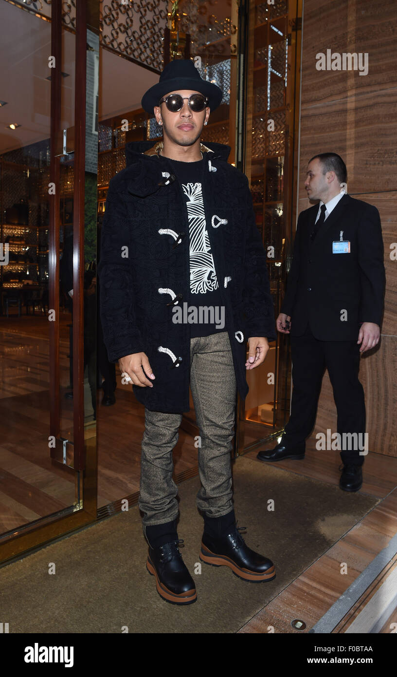 f20546a169b9 Lewis Hamilton out and about in London. Lewis is seen enjoying some time  off from