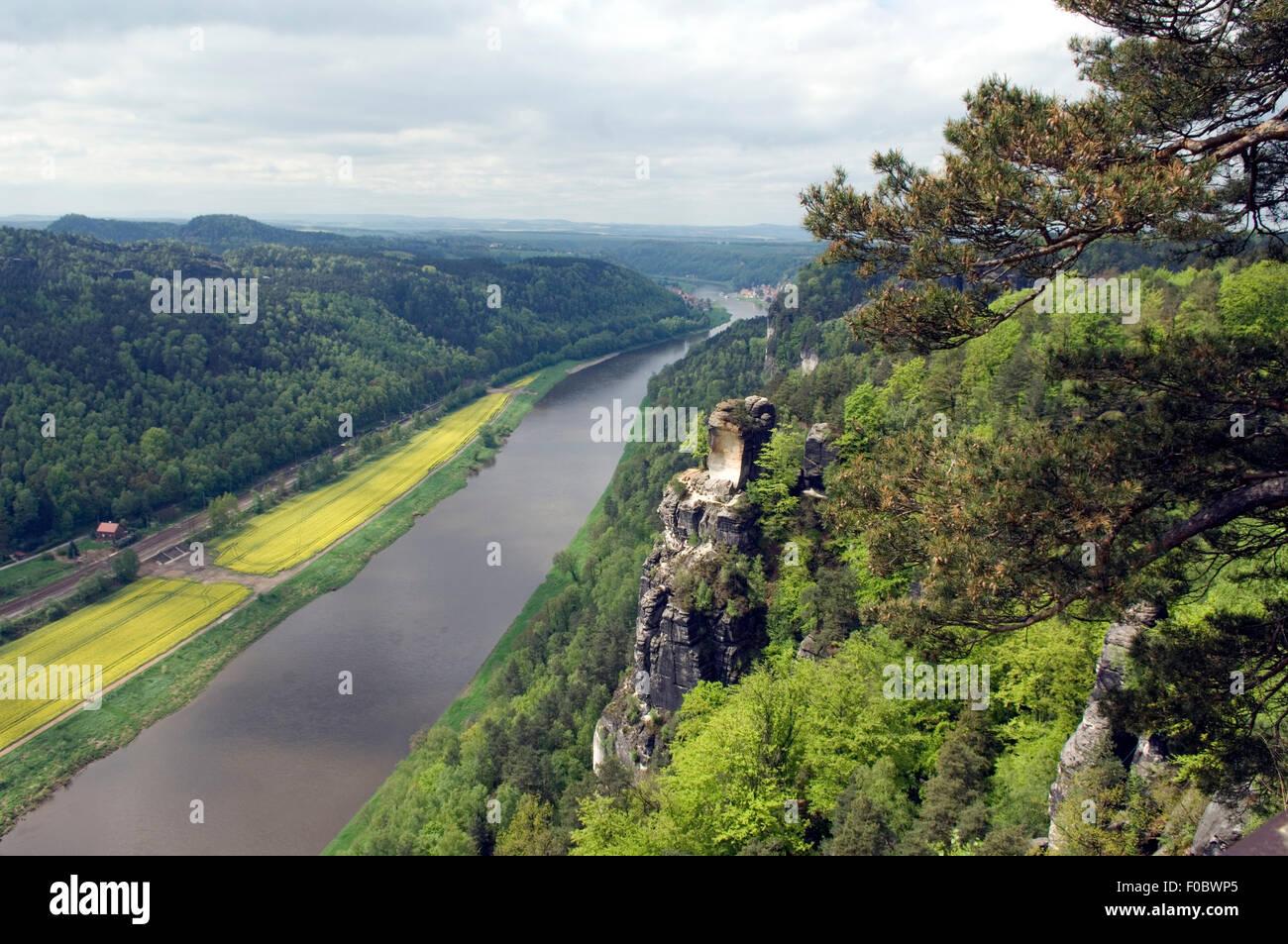 Elbsandsteingebirge, Elbe, Fluss, Sandstein, - Stock Image