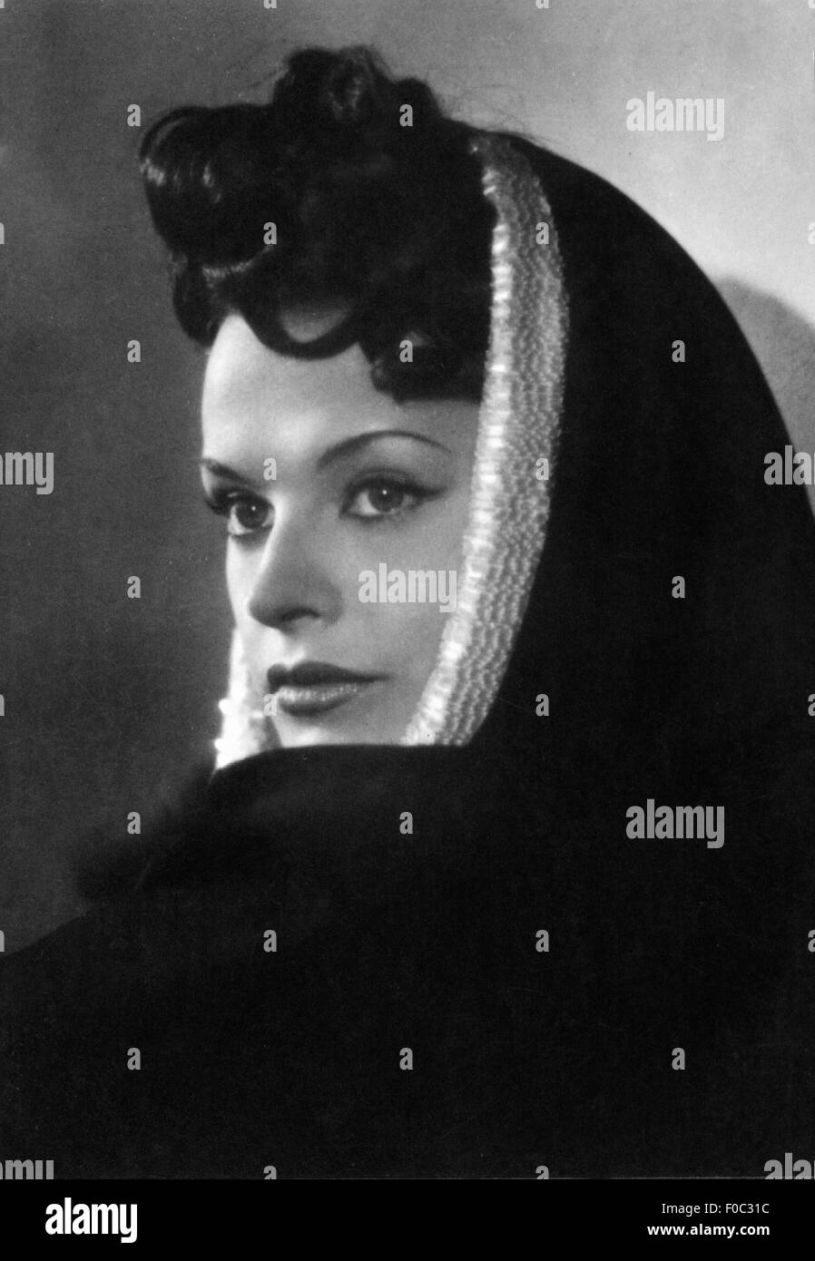 Hielscher, Margot, * 29.9.1919, German actress, portrait, 1940s, Additional-Rights-Clearances-NA - Stock Image