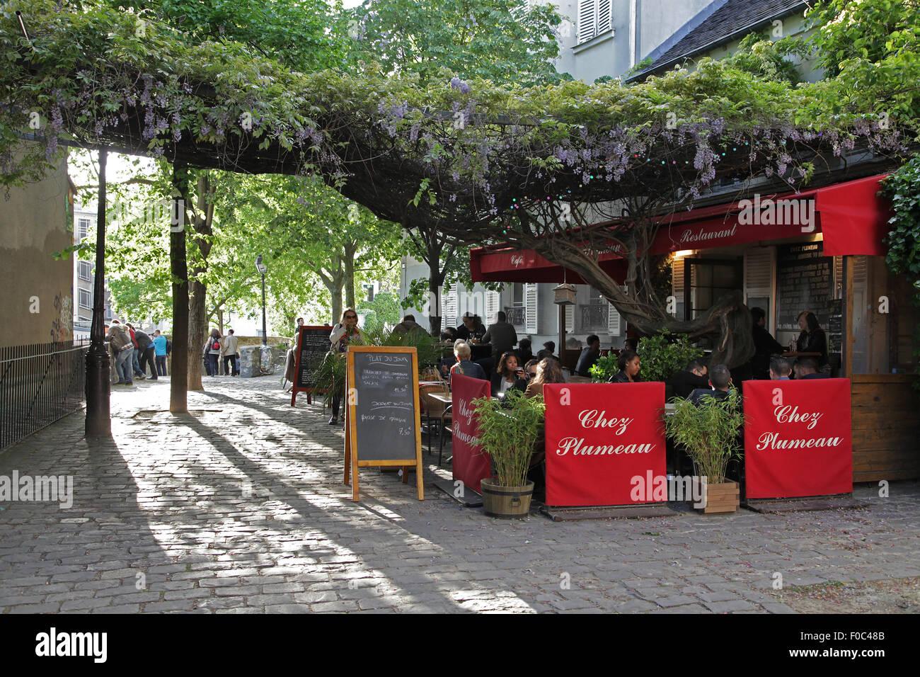 Restaurant Chez Plumeau Paris Place du Calvaire Montmartre near the Sacre Coeur.France - Stock Image