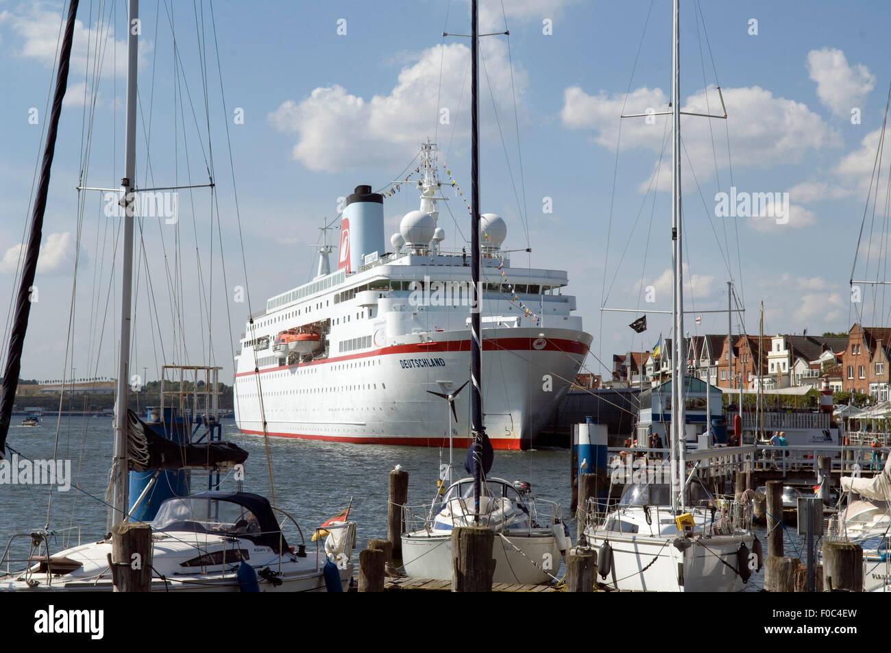 MS DEUTSCHLAND, Traumschiff, Kreuzfahrtschiff, - Stock Image
